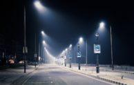 Straßen-Laterne beschädigt
