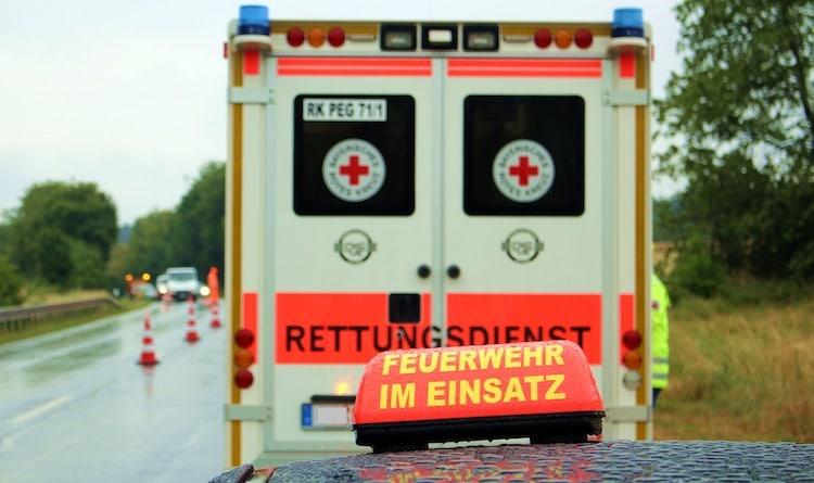 2020-02-06-Feuerwehr-Notarzt-Rauchgasvergiftung