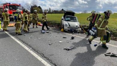 Photo of Zwei Personen schwer verletzt
