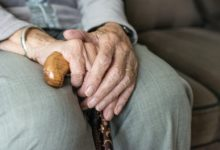 Photo of BAGSO fordert: Soziale Isolation in Pflegeheimen beenden