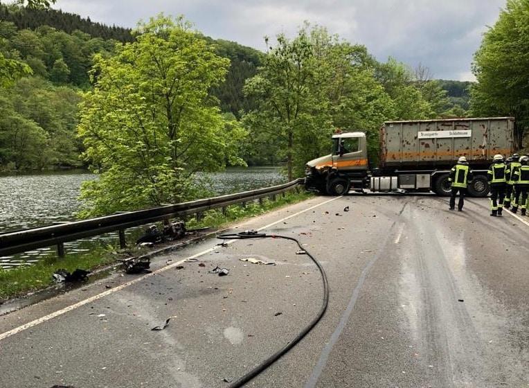 Photo of Kradfahrer tödlich verunglückt – Verkehrsunfall auf der B 236