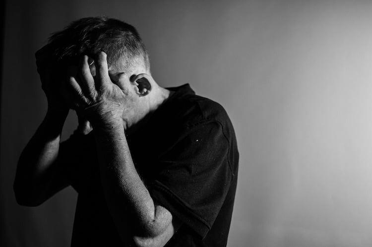 Photo of Stress, Angst, Trauer – Immer mehr Menschen mit Depressionen