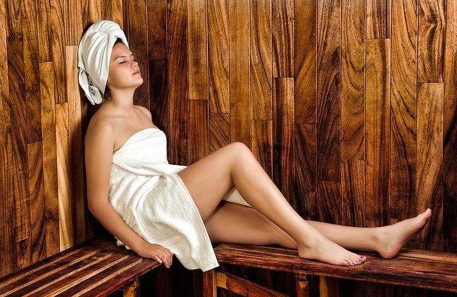 Die Sauna beziehungsweise der Gang in die Sauna ist Gesund.