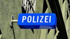 2020-06-10-Gardinenstange-Polizei-Guertel-Tankstellengelaende-Auseinandersetzung-Widerstand-Messer-Junge-Wand-Bike-Fahrkarte-Verkehrsunfall-Mini-Stichverletzung-Gaststaette