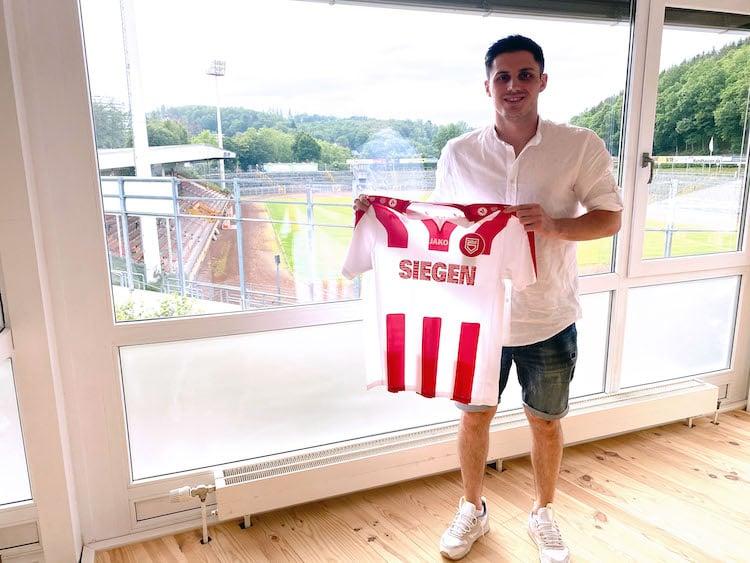 Photo of Marcel Mosch verstärkt 1. Mannschaft der Sportfreunde Siegen