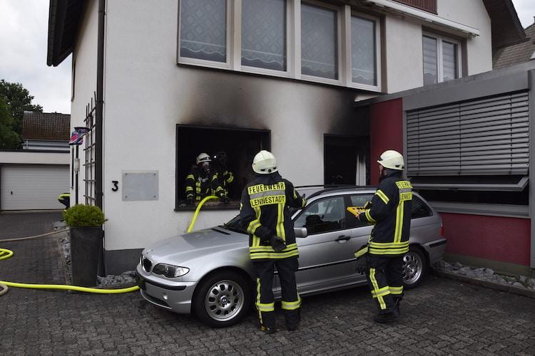Photo of Zündelndes Kind löst Zimmerbrand aus