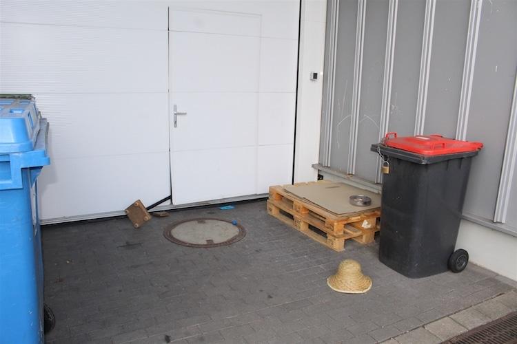 Photo of Einbruch in Schuhgeschäft – Trug der Täter einen Strohhut?