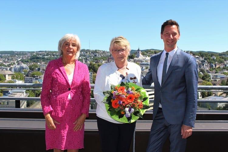 Photo of Ricarda Wagner mit Bundesverdienstkreuz ausgezeichnet