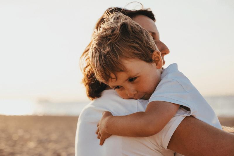 Bei einer Ehe ohne Trauschein sollte, zum Schutz der Angehörigen, über einen Partnerschaftsvertrag nachgedacht werden.