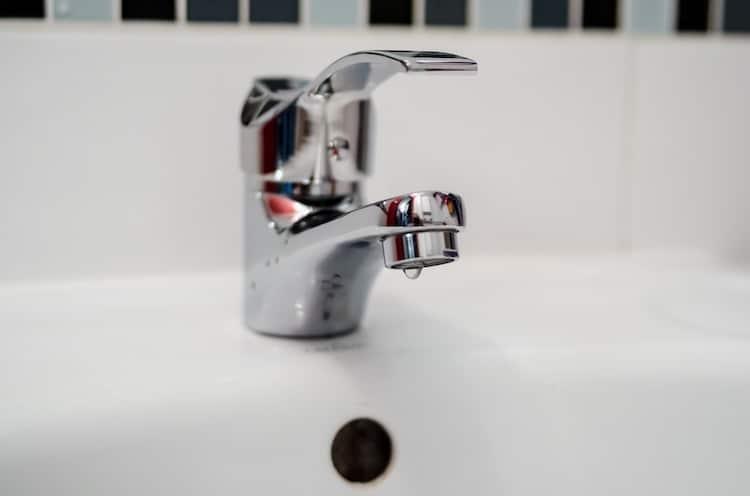 Photo of Stadtwerke stellen Dienstag das Wasser in Hirschberg ab