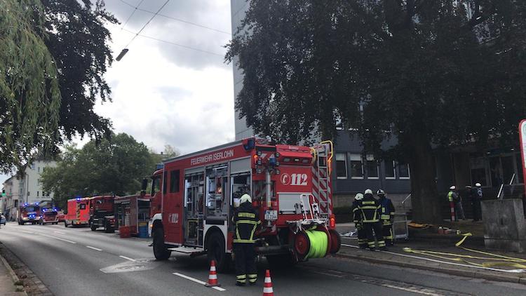 Photo of Karton mit Chemikalien sorgt für Feuerwehreinsatz