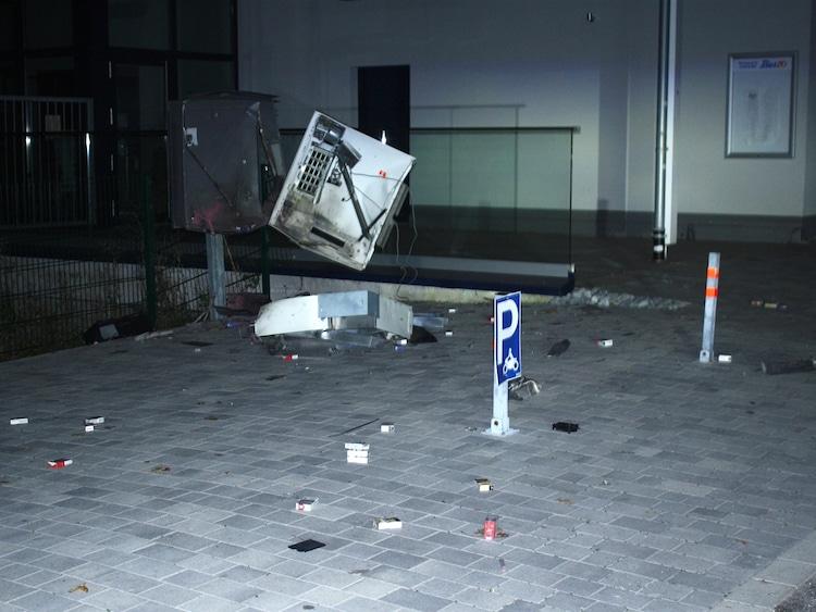 Photo of Zigarettenautomat von unbekannten Tätern gesprengt