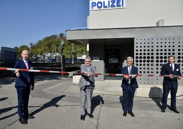 Photo of Polizeiwache Hohenlimburg von NRW-Innenminister Reul eingeweiht