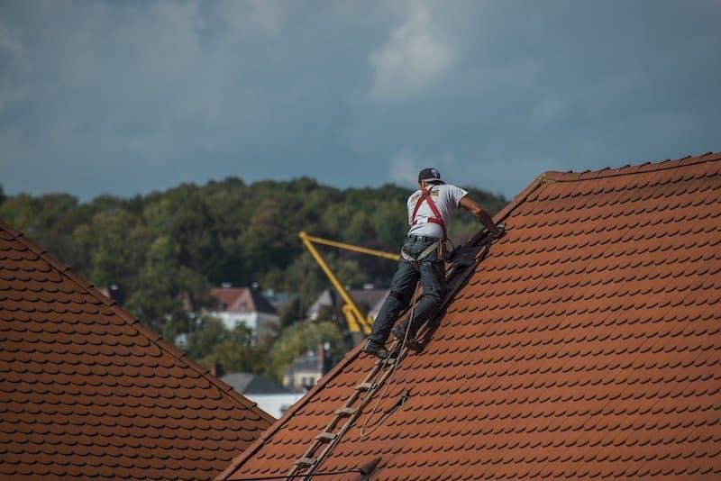 Eine EPDM Folie für Ihr Dach bietet viele Vorteile.