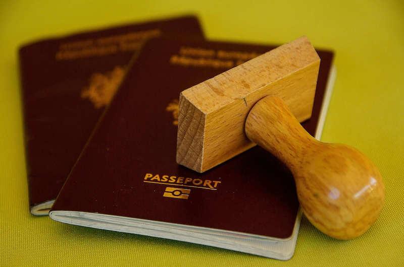 Australien ein Einreiseverbot für alle ausländischen Reisenden verhängt.