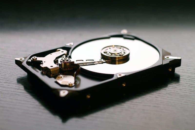 Daten müssen regelmäßig gesichert werden.