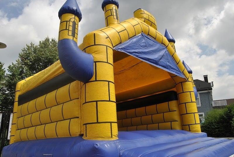 Photo of Hüpfburgen für lokale Events mieten und sicher betreiben