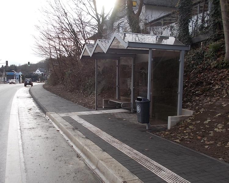 2020-12-07-Bushaltestelle
