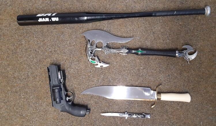 2020-12-09-Waffen