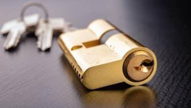 Den Schließzylinder an der Haustüre auszuwechseln sollten Sie nicht auf die leichte Schulter nehmen.