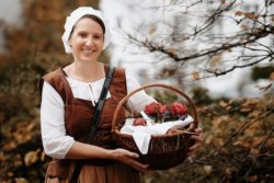 2021-09-27-Marktfrau