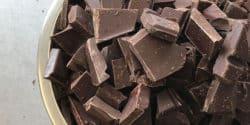 Flüssige Schokolade (Kuvertüre) sollte immer zügig verbraucht werden.