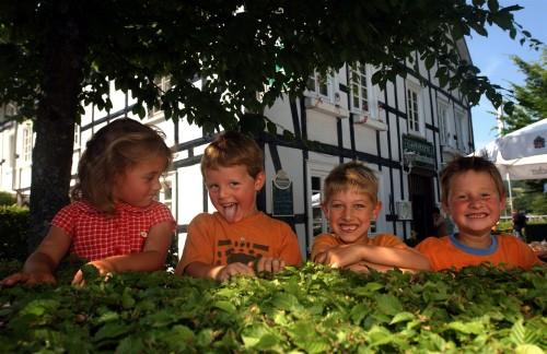 Herbstdeko Ideen Vor Der Haustur : Sauerland bietet eine Menge Ideen ...